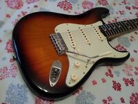 FENDER STRATOCASTER 62 HOT ROD USA VINTAGE REISSUE ELECTRIC GUITAR 56 57 59 65 Gibson Telecaster
