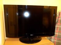 LG 32-inch freeview HD TV