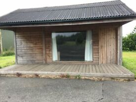 Small office/ retail space for rent. Stand alone lodge with kitchen area and seperate toilet.