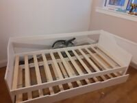 FREE single bed frame with pull out second bed