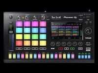 Pioneer DJ Toraiz SP-16 Sampler and Step Sequencer