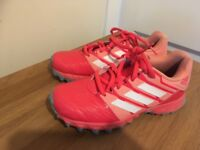 Girls hockey Astro shoes size 1