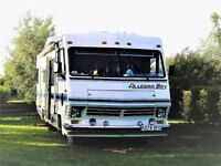 American Motorhome – well-loved and cared for, seeking new owner