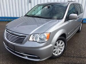 2014 Chrysler Town & Country Touring *POWER SLIDING DOORS*