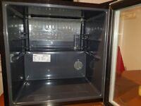 Drinks fridge / cooler Lec DF50GC