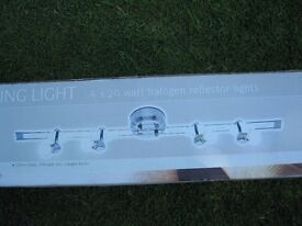 Halogen ceiling lamp rail 4 adjustable spots on chrome rail - complete Bargain!