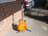 Bernie Marsden PRs se guitar as brand new, mint condition.