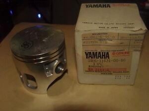 NOS Yamaha Piston STD 1979-1981 IT175 3R6-11631-00-96