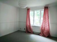 3-4 bed house to let now. well presented, refurbished. lots of space!