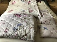 Gorgeous kingsize Dorma set