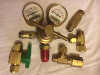 two manometers (pressure gauge) + throttle + fittings as pictured
