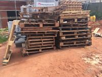 Wooden pallets approx 25 FREE TO COLLECT