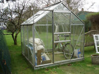 Aluminium and Glass Greenhouse. Approx 6' x 6'. Very Good Condition