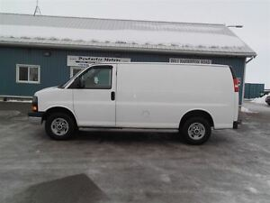 2010 GMC Savana 2500 CARGO,LOAD DIVIDER,WELL OILED,NEW TIRES ! Kitchener / Waterloo Kitchener Area image 9