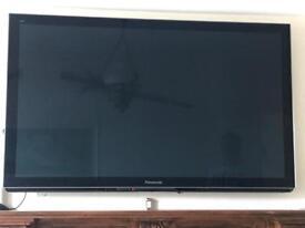 "PANASONIC 50"" 3D PLASMA TV TH-50PZ81B WITH 2 PAIRS RECHARGEABLE 3D GLASSES"