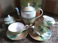 Bone china to tea set for 2