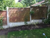4 wooden fence panels