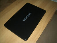 "Toshiba Satelitte L670D-13F laptop w/ 17.3"" screen display (spares or repair)"
