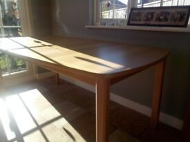 Extendable Dinning room/kitchen table. Light wood