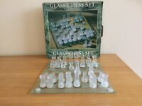 Lovely Boxed Glass Chess Set in Very Good Condition - a Nice Decoration and an Interesting Game