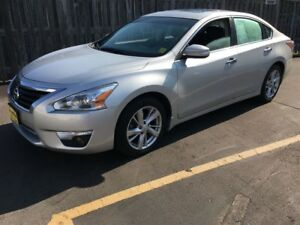 2013 Nissan Altima 2.5 SL, Auto, Leather, Sunroof, Heated Seats