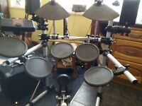 Yamaha DTXPLORER Drumkit with stool and sound system