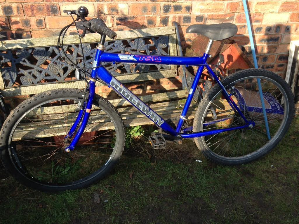 "Gents Ridgeway GX750 Mountain Bike Cheapin Harpurhey, ManchesterGumtree - Gents Ridgeway GX750 gents Mountain bike 26"" wheels20"" frameNeeds a chainAll brakes and gears work fine£15 to clear just needs a chainNo offers"