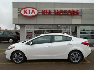 2016 Kia Forte EX with SUNROOF, ONLY $57 WEEKLY