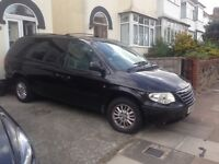 7 seater Chrysler Grand Voyager Limited