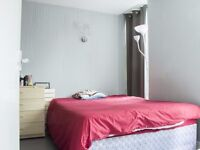 Rooms to rent in 3-bedroom apartment in Shepherds Bush, close to Notting Hill