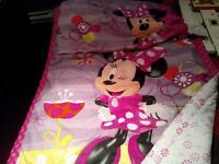minnie mouse!!! kit: literie, tente, chaise, couverture....