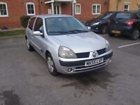 2005 RENAULT CLIO 1.2 PETROL IN SILVER - NOT A VAUXHALL, VW, FORD, FIAT, PEUGEOT, TOYOTA OR MG