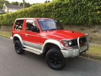 MITSUBISHI PAJERO 2.8TD AUTOMATIC LIFTED STARTS AND DRIVES NEEDS EXHAUST