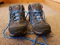 Karrimor Kids Walking Boots size 3