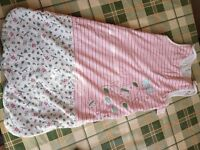 12 to 18 months baby girl sleep suit (1.5 tog) in very good condition!