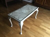 Painted coffee table - upcycling project