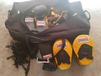 Lonsdale gloves and pads with bag