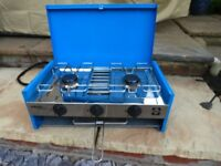 Camping Stove, twin burner and grill including gaz bottle