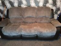 3+2 seater sofa only 10 weeks old