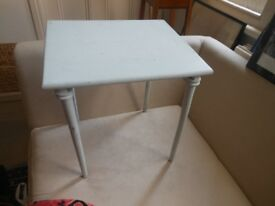 Very pretty tatty delicate shabby chic little table slim legs project repaint decoupage marbling