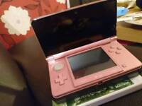 (sold pending collection) Pearl pink 3DS console, and moshi monster game