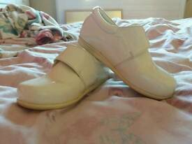 Boys size 8 infant wedding/christening shoes only worn once for a wedding
