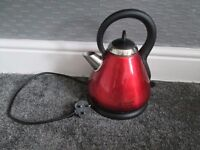 RUSSELL HOBS - METALLIC RED - 1.7L, KETTLE USED