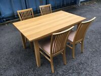 Excellent Condition solid oak table with chairs possible delivery