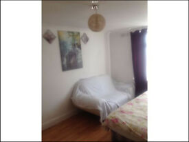 spacious double room immediately avail kingsbury just £120pw
