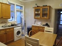 A Large Double Room in Friern Barnet