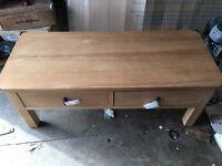Knightsbridge 2 Drw Coffee Table -Oak/Oak Veneer.