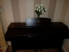 Yamaha digital piano,,