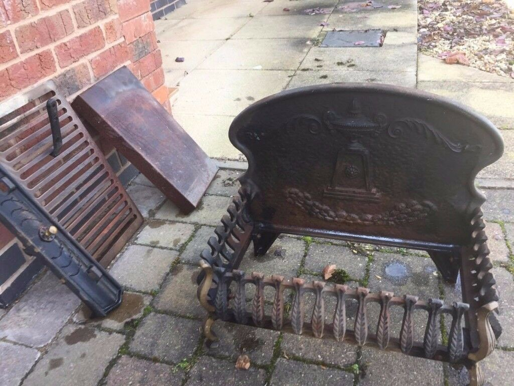 Cast Iron Fire Place (Pick up Only/Very Heavy) £50 but open to offers.