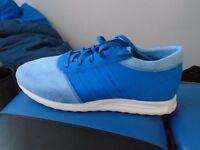 Mens Adidas LA trainers - size 11